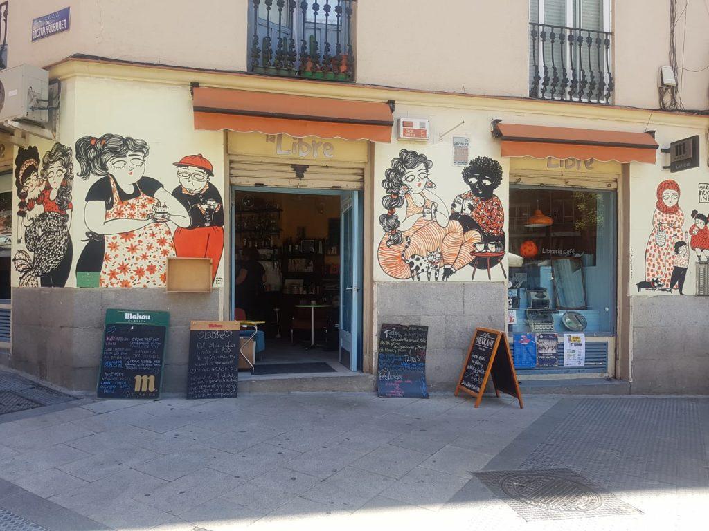 la libre café lavapies cafetería librería madrid